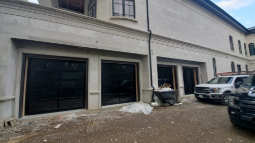 glass-garage-door-installation1